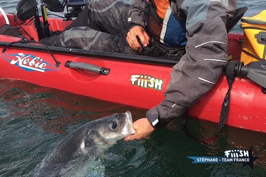 Stéphane / Pliage de carbone en kayak